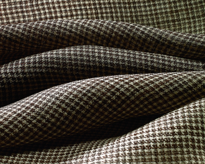 The ErtheWeave Collection update includes nearly 20 designs inspired by current color, texture and pattern trends and broadens the collection's range and depth. Featuring wool, linen, cotton and hemp textiles, the update is highlighted by EW291 Broadmore, woven from 100% horsehair into a striking houndstooth design.